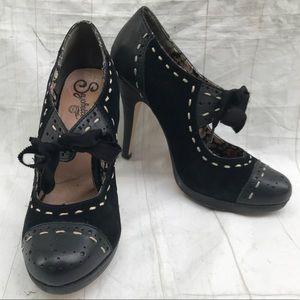 Seychelles Black Cap Toe Tie Heels Vintage Style